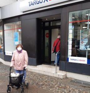 Targobank Berlin-Tegel mit Stufe